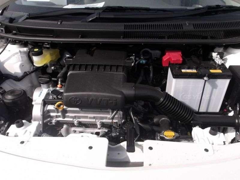 Toyota Belta XP90 [restyling] sedan 1.0 CVT (2008–2012)