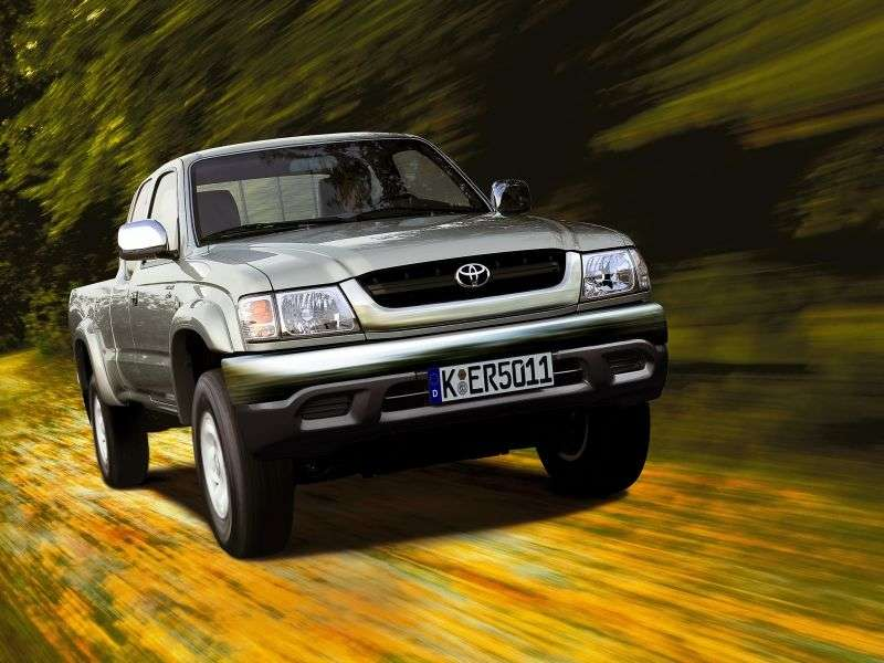 Toyota Hilux 6th generation [restyling] Xtracab pickup 2 dv. 3.0 D MT AWD (2001–2004)