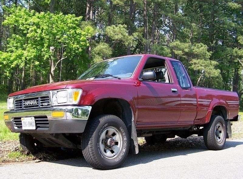 Toyota Hilux 5 generation Xtracab pickup 2 bit. 3.0 AT AWD (1989–1991)