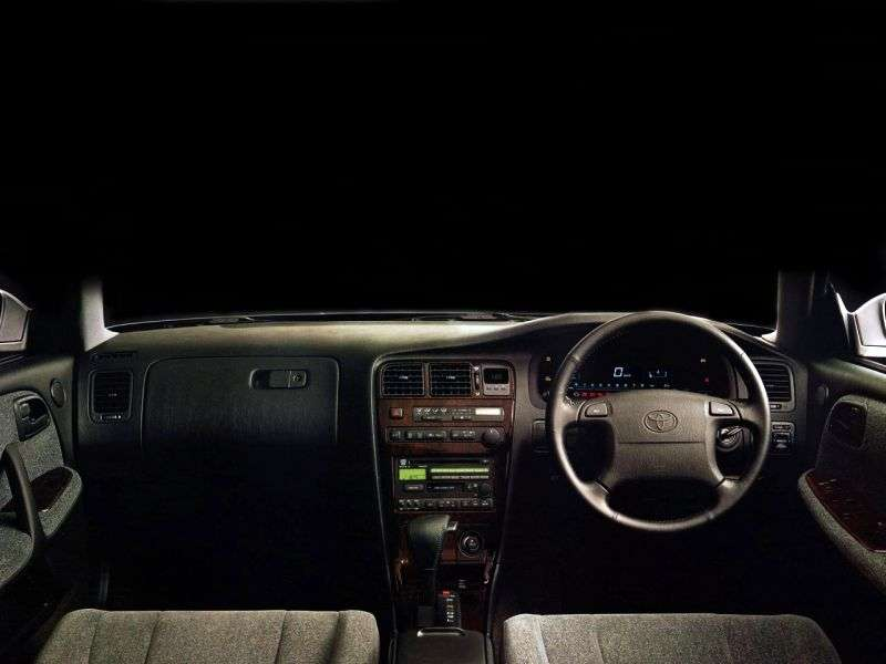 Toyota Chaser X90 [restyled] hardtop 2.5 AT (1994–1996)