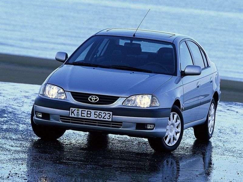 Toyota Avensis 1st generation [restyled] 2.0 MT sedan (2000–2003)