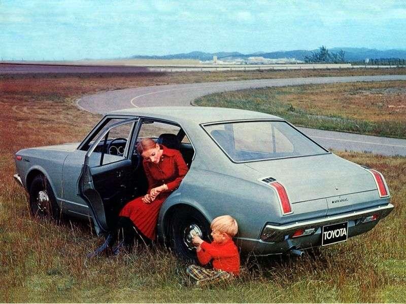Toyota Carina A10sedan 4 dv. 1.4 MT (1970–1972)