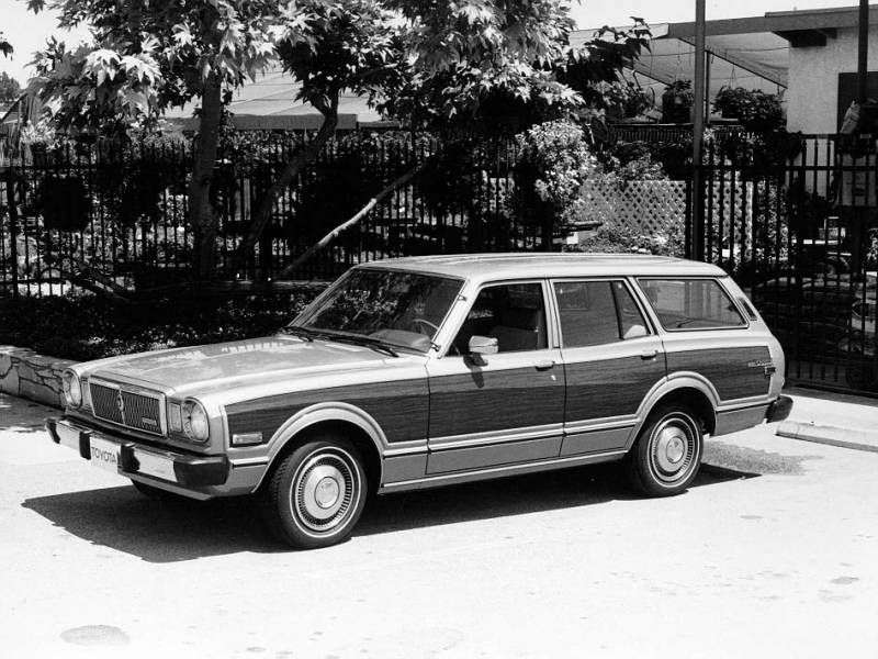 Toyota Cressida X30 [restyled] wagon 2.6 AT Overdrive (1979–1980)