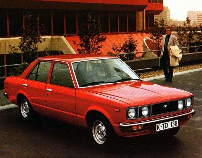 Toyota Carina A40sedan 4 dv. 1.6 MT (1977–1979)