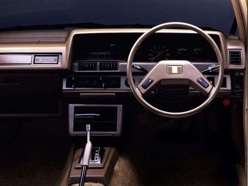 Toyota Corolla E70JDM sedan 4 doors. 1.8 MT Overdrive (1979–1981)