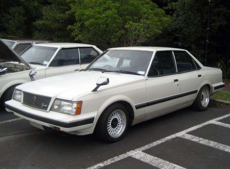 Toyota Mark II X60sedan 2.2 D MT (1981–1984)