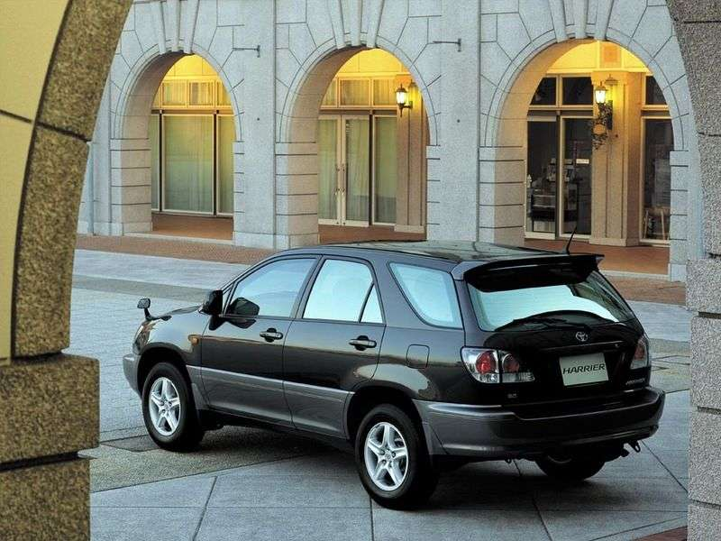 Toyota Harrier 1st generation 2.2 AT 4WD crossover (1997–2003)