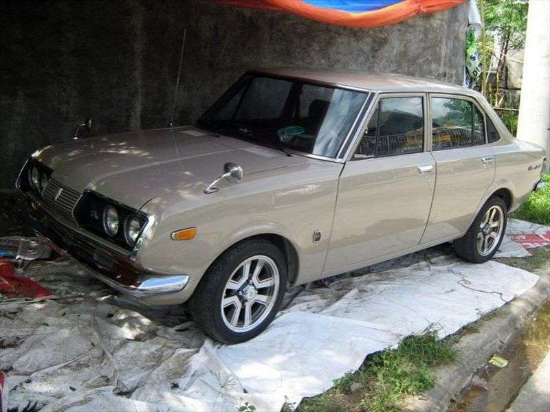 Toyota Mark II T60 / T70 [restyling] 1.6 MT sedan (1970–1972)
