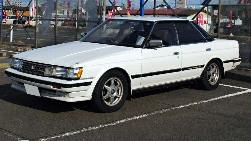 Toyota Mark II X70sedan 2.0 AT (1984–1986)