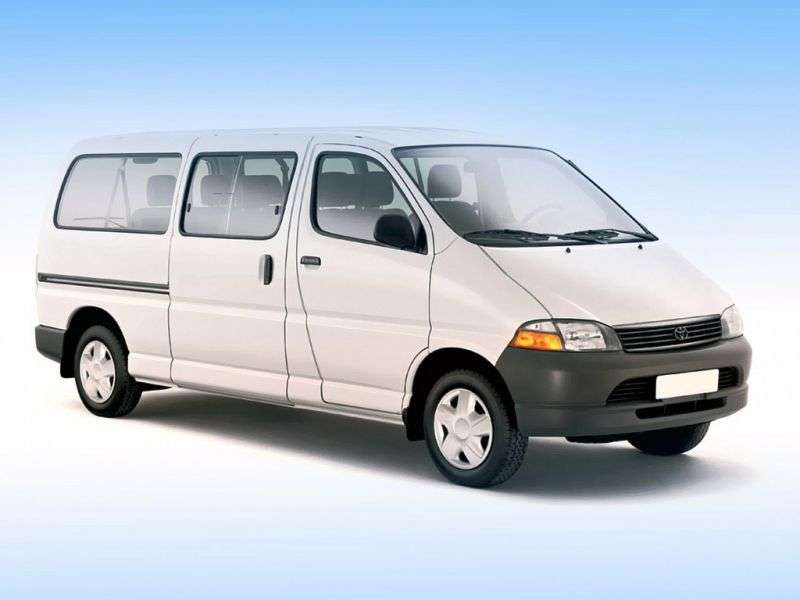 Toyota Granvia 1st generation minivan 3.0 TD AT 4WD 8seat (1995–2002)