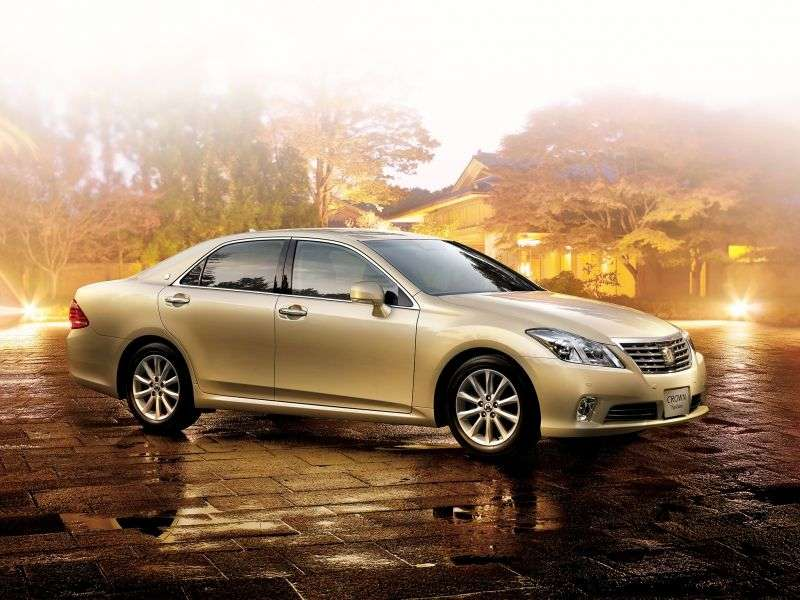Toyota Crown S200 [restyling] JDM 4 door sedan. 2.5 AT (2010–2012)