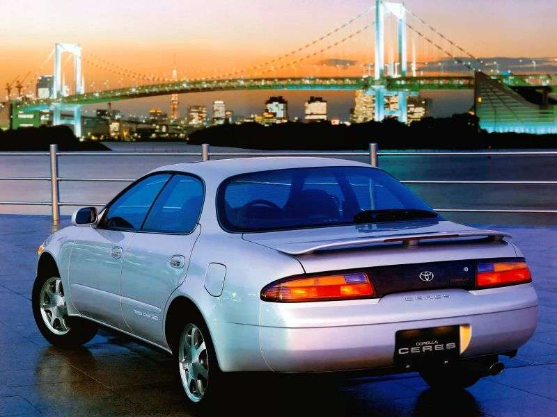 Toyota Corolla Ceres E100 [restyled] hardtop 1.5 AT (1994–1995)