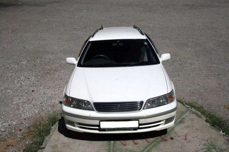 Toyota Mark II X100 [restyled] Qualis wagon 3.0 AT (1999–2002)