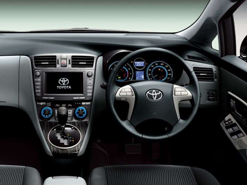 Toyota Mark X Zio 1st generation [restyled] Aerial minivan 2.4 CVT 4WD 7seat (2011 – n.)