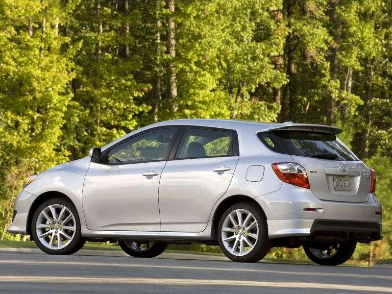 5 drzwiowy hatchback Toyota Matrix 2 generacji XRS 2,4 MT (2009 2010)