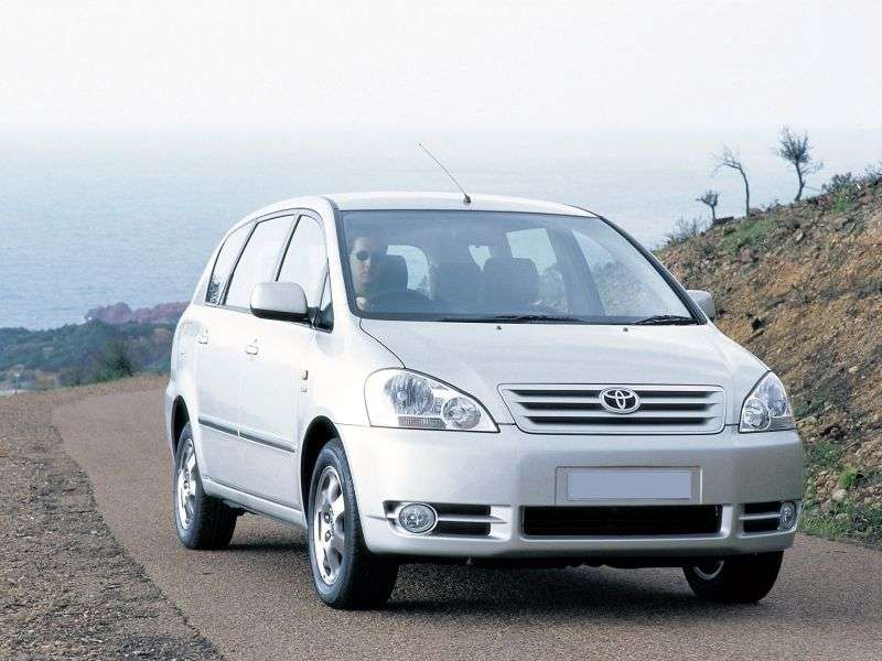 Toyota Ipsum 2nd generation minivan 2.4 AT 4WD (2001–2003)