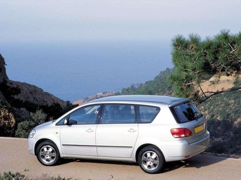 Toyota Ipsum 2nd generation minivan 2.4 AT (2001–2003)
