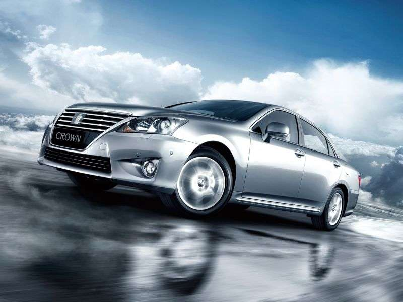 Toyota Crown S200 [restyling] 4 door sedan 2.5 AT (2012 – n. In.)