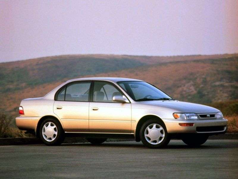 Toyota Corolla E100 sedan 1.3 MT (1991–1993)