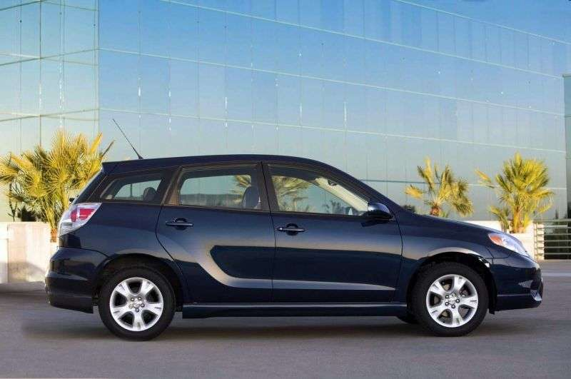 Toyota Matrix 1st generation hatchback 5 dv. 1.8 MT (2003–2005)