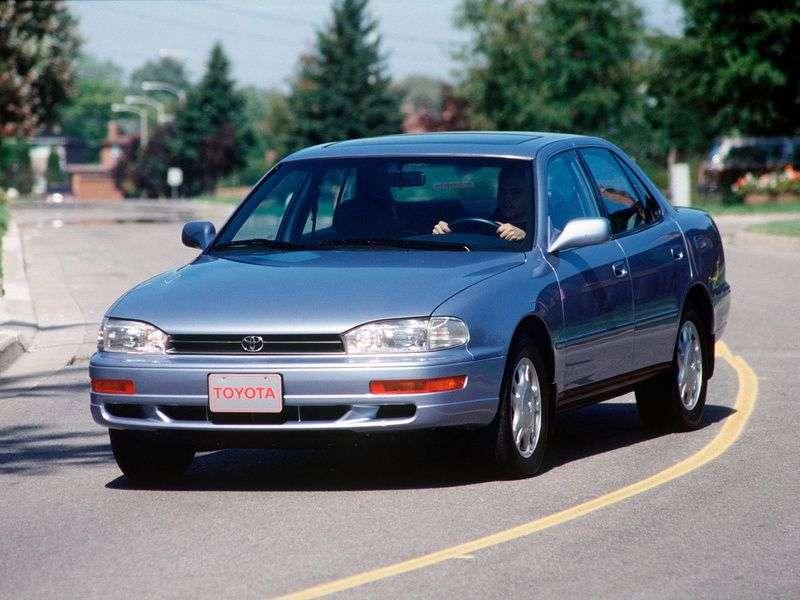Toyota Scepter sedan 1.generacji 2.2 AT (1991 1996)