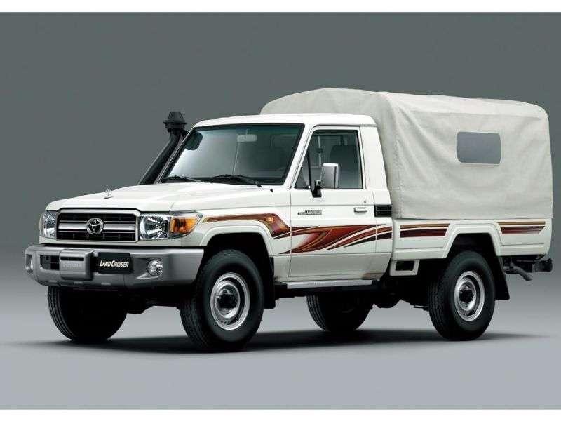 Toyota Land Cruiser J70 [3rd restyling] J79 pickup 2 dv. 4.5 TD MT (2007 – present)