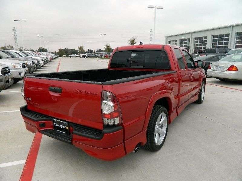 Toyota Tacoma 2nd generation [2nd restyling] X Runner pickup 2 bit. 4.0 MT (2012 – n. In.)