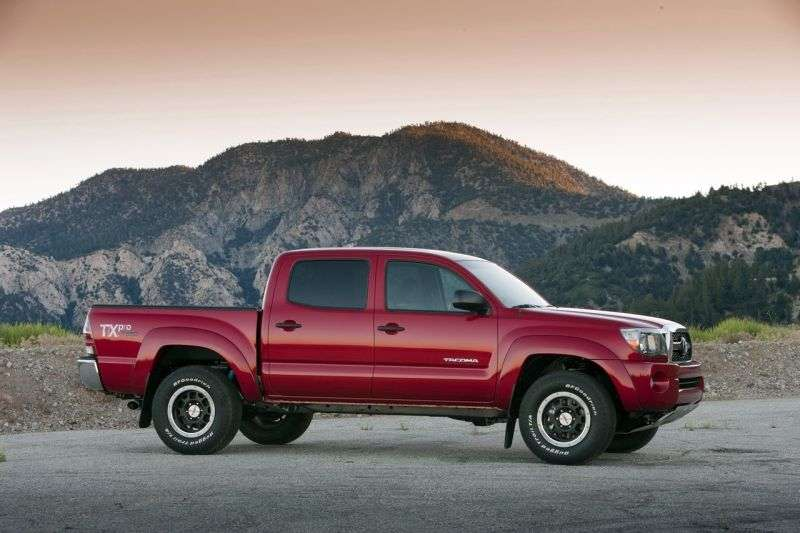 Toyota Tacoma 2nd generation [restyling] Double Cab pick up 4 bit. 4.0 AT 4x4 L1 (2010–2011)