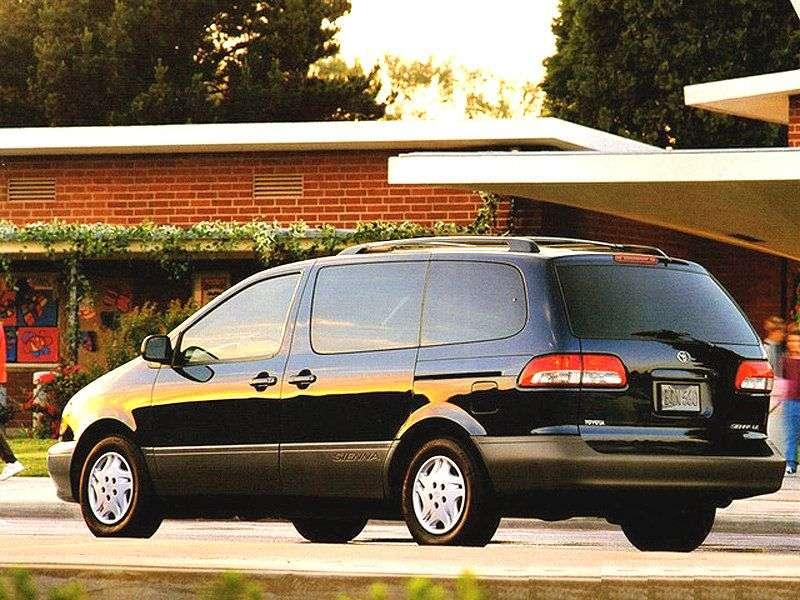 Toyota Sienna 1st generation [restyled] minivan 3.0 AT (2001–2003)