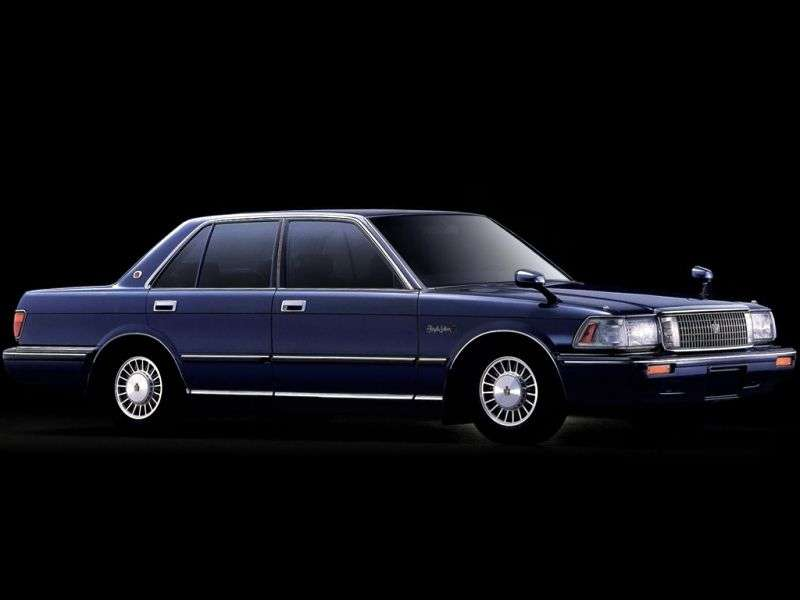 Toyota Crown S130sedan 2.4 TD AT (1987–1989)