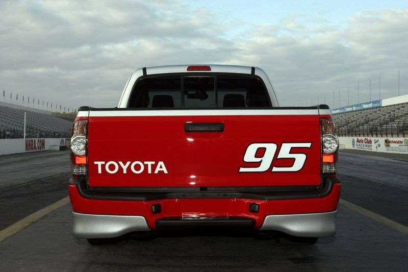 Toyota Tacoma 2nd generation [restyled] X Runner pickup 2 bit. 4.0 MT (2010–2011)