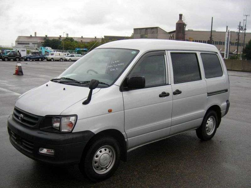 Toyota Town Ace 4th generation minivan 2.0 D MT 4WD (1996–1998)