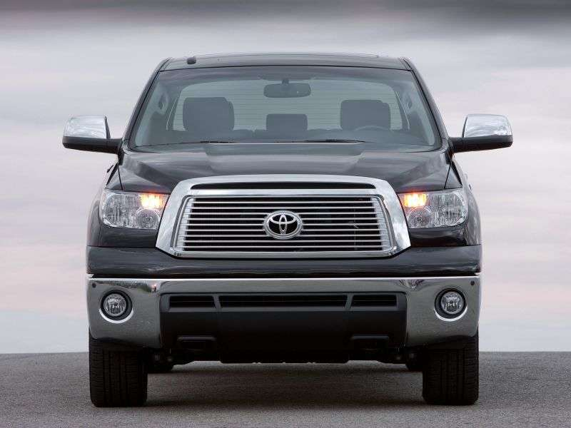 Toyota Tundra 2nd generation [restyling] Crew Max pick up 4 bit. 5.7 AT (2009 – n. In.)