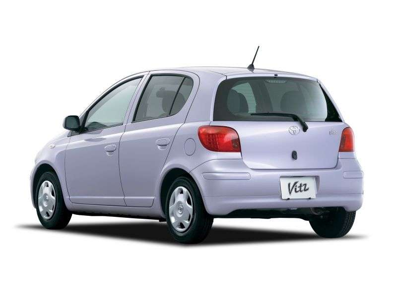 Toyota Vitz XP10 [restyling] 5 dv hatchback 1.3 4WD AT (2002–2005)