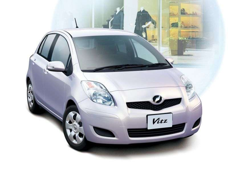 Toyota Vitz XP90 [restyled] hatchback 1.3 MT (2007–2010)