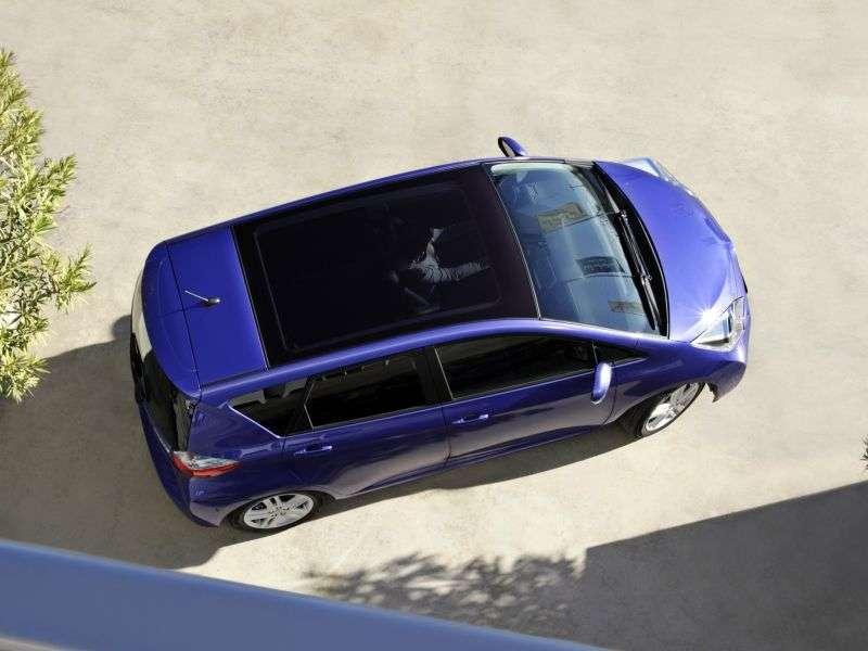 Toyota Verso S 1st generation minivan 1.4 D 4D AT (2010 – n.)