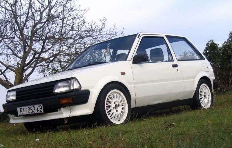 Toyota Starlet 80 series hatchback 5 bit 1.3 AT 4WD (1990–1996)