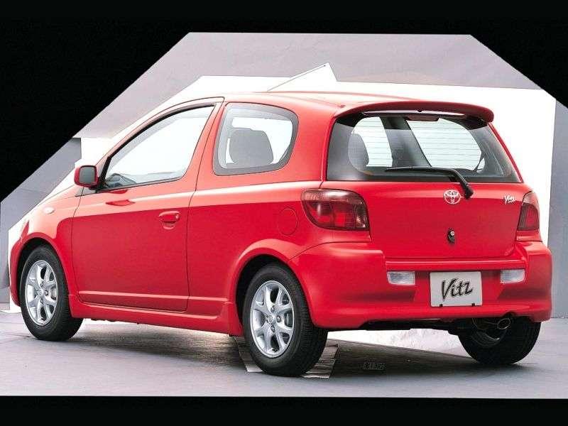 Toyota Vitz XP10 [restyling] RS hatchback 3 dv. 1.5 AT (2001–2005)