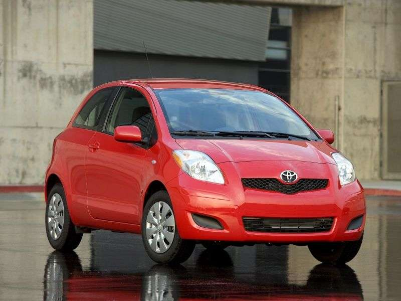 Toyota Yaris XP9 [restyling] 3 bit hatchback 1.3 MMT (2009–2012)
