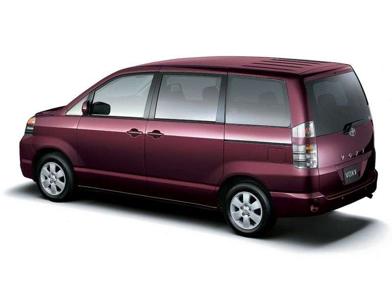 Toyota Voxy 1st generation minivan 2.0 AT 4WD (2001–2004)