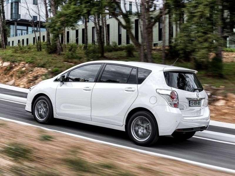 Toyota Verso 1.generacja [zmiana stylizacji] minivan 1.6 MT Comfort (2012 obecnie)