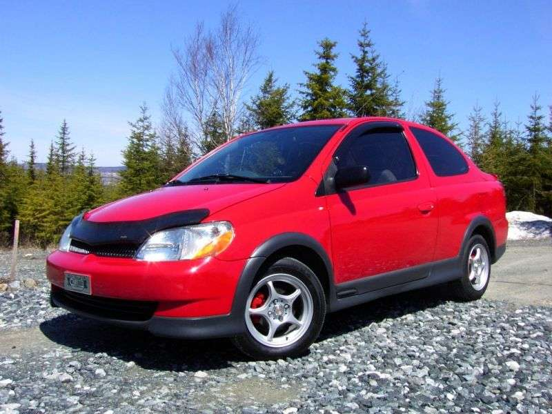 Toyota Echo 1st generation coupe 1.5 MT Overdrive (1999–2003)