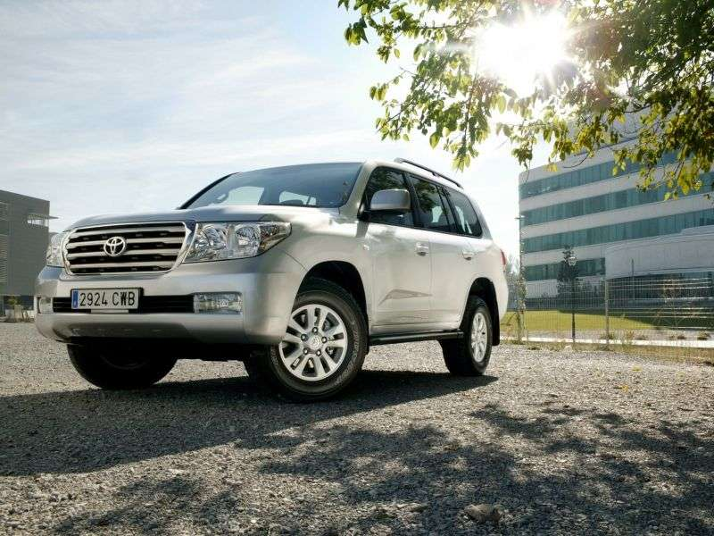 Toyota Land Cruiser J200 ATV 4.5 Twinturbo D 4WD AT (2007–2012)