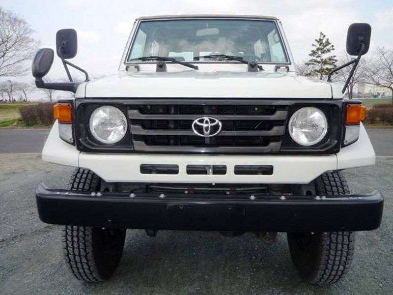 Toyota Land Cruiser J70 [2nd restyling] J73 Convertible 3.4 MT (1999–2007)