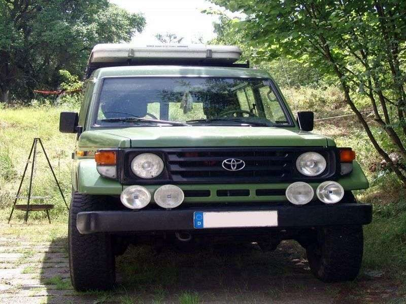 Toyota Land Cruiser J70 [2nd restyling] J78 SUV 3 dv. 4.2 TD MT (1999–2007)