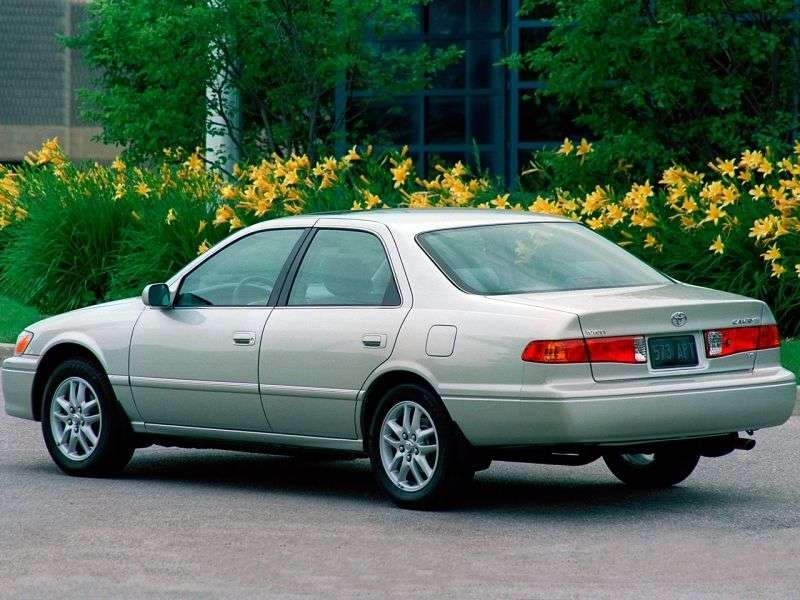 Toyota Camry XV20 [restyling] 2.2 MT Overdrive sedan (2000–2001)