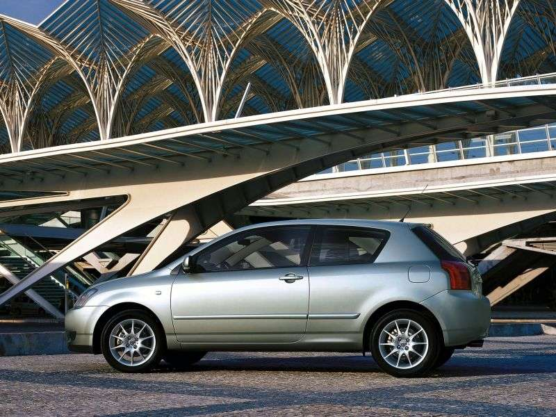 Toyota Corolla E120hetchbek 3 dv. 1.6 MT (2001–2004)