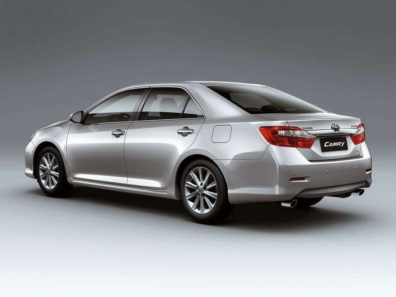 Toyota Camry XV50sedan 4 dv. 2.0 AT Standard Plus (2012 – n. In.)