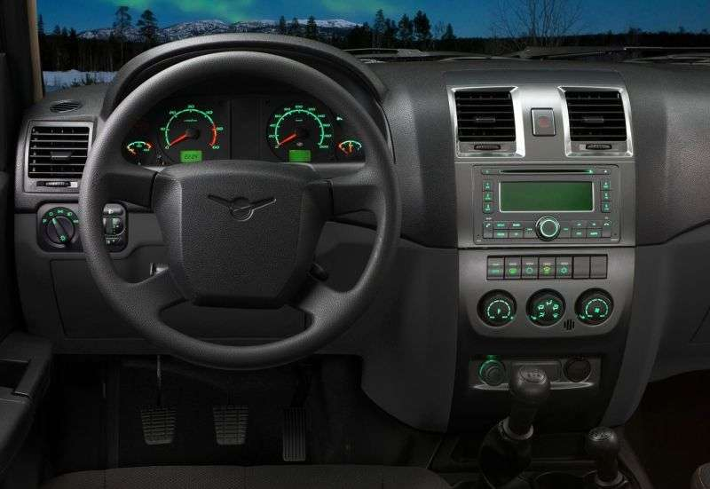UAZ Pickup 1st generation [restyling] pickup 2.2 D MT 4WD Comfort (2013) (2012 – n.)