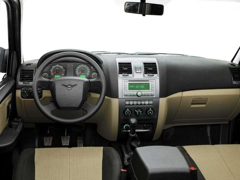 UAZ Patriot 1st generation [restyled] SUV 2.7 MT 4WD Classic (2013) (2012 – n.)